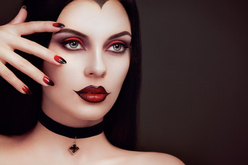 The Most Interesting Red Nails With Black Tips
